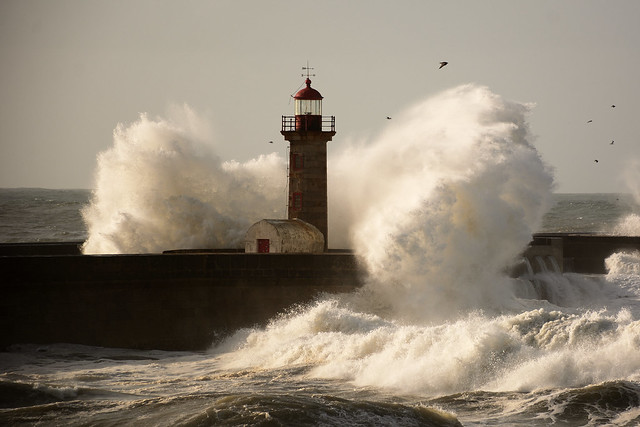 Stormy sea in the Felgueiras lighthouse due to the effects of the storm Bruno, in Porto.