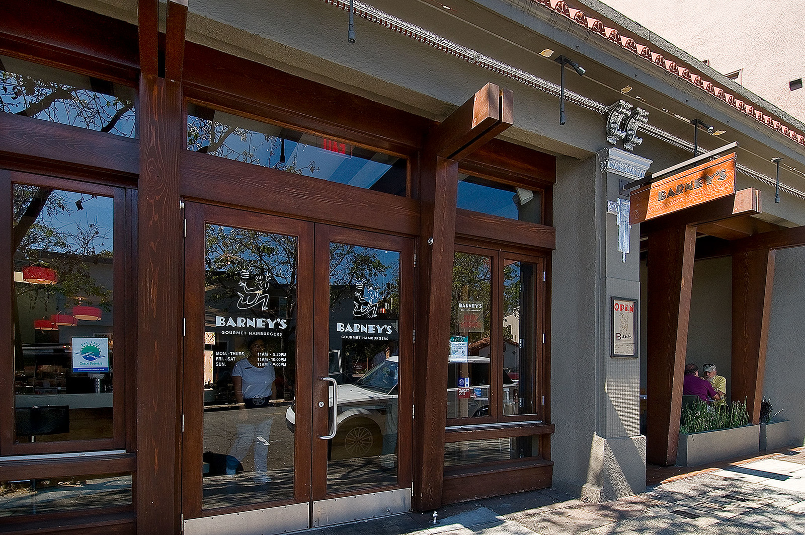 5016 Cochrane Avenue Oakland Presented By Ellen Diamond