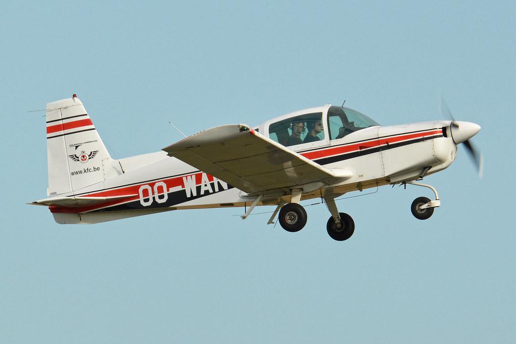 Grumman American AA-5 Traveler 'OO-WAN'   c/n AA5-0517  Buil…   Flickr