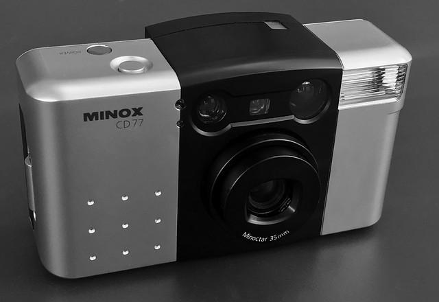 Minox CD77
