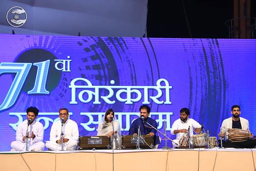 Simran by Vinod Ji and Sathi, Delhi
