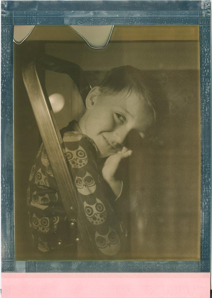 Sitting at the ladder (Polaroid 8x10)   Portrait Camera: Int…   Flickr