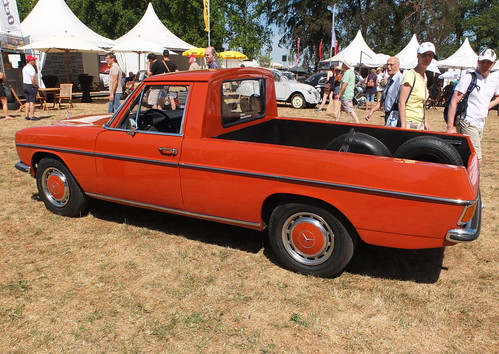Mercedes-Benz W115 220 D Pickup 1973