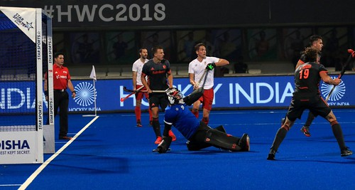Glimpses from the cross-overs game featuring @oranjehockey and @FieldHockeyCan   #HWC2018 #Odisha2018