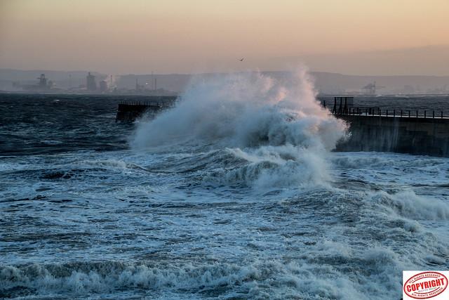 IMG_1503 Headland Waves