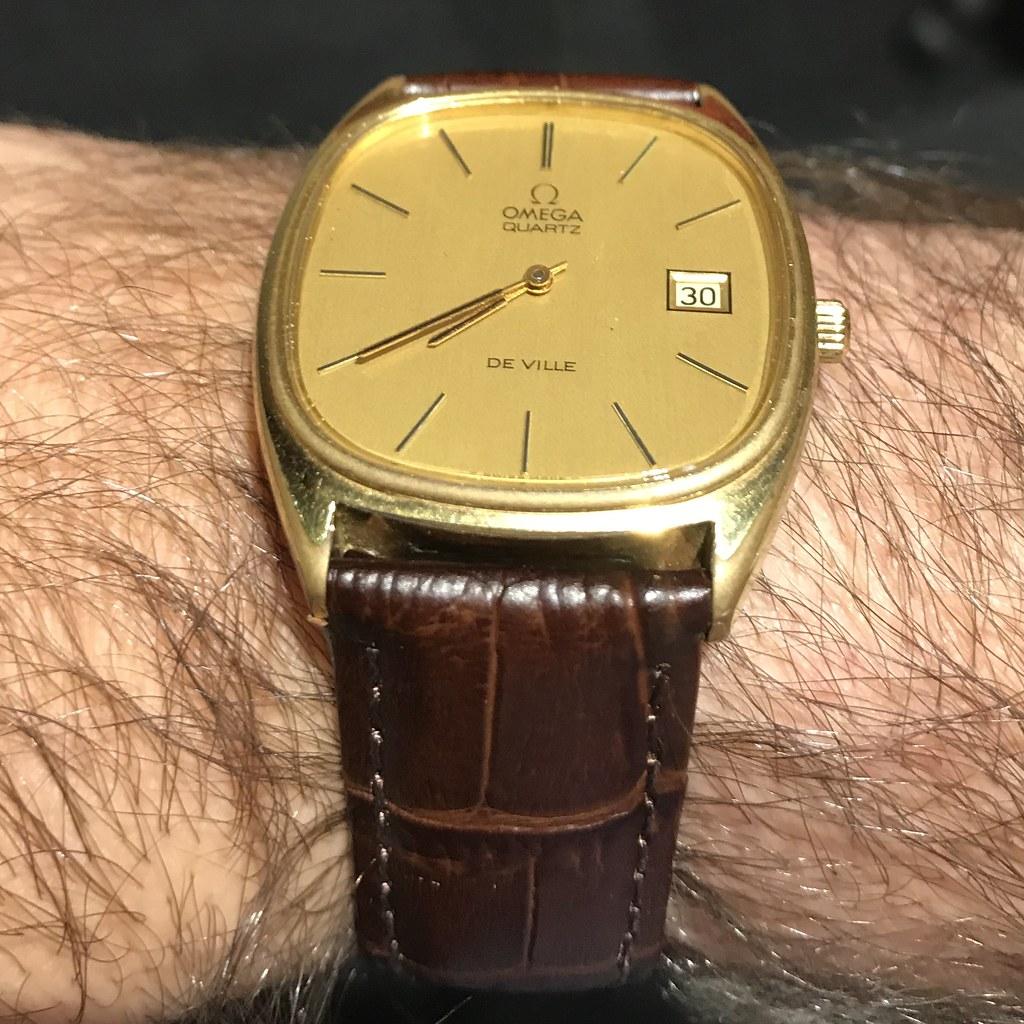 Seventies Omega De Ville vintage megaquartz watch