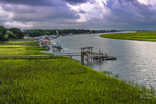 "carolina south charleston landscape ""full frame"" fx outdoor f14 50mm d750 nikon copyright color yellow red black blue orange lightroom diffused light sunshine shade natural depth field pictures summer 2018 escape ""natural light"" photographer golden hour travel sun prime primes sand water sky nature classic sunrise sunset clouds vibrant panorama isleofpalms"