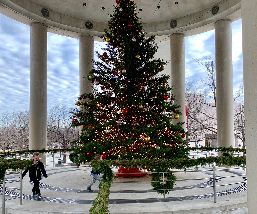 Christmas Eve In Washington.Christmas At The Canadian Embassy In Washington D C Flickr