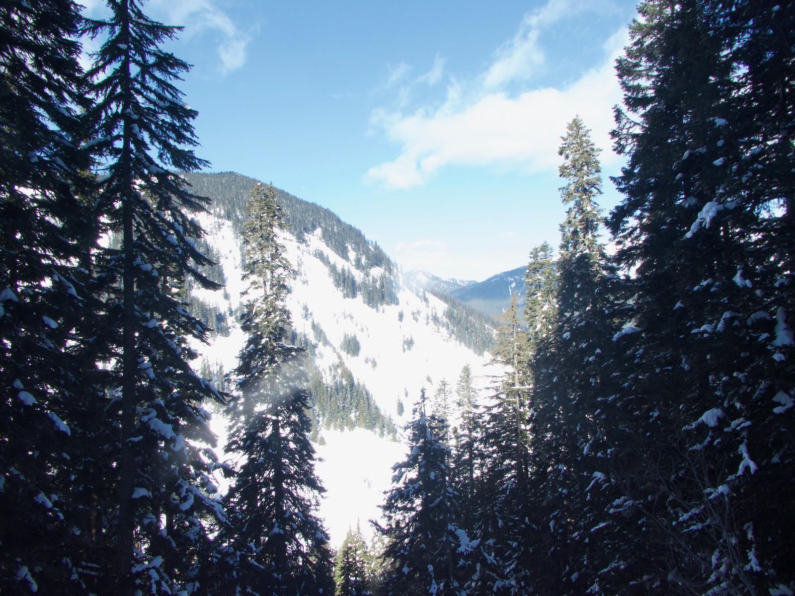 Lake Annette Snowshoe trip