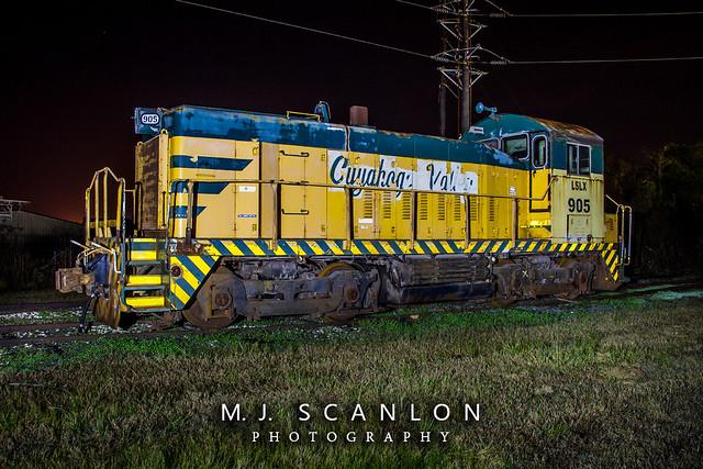 LSLX 905   EMD SW8   Lone Star Locomotive Leasing