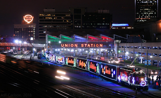 CP Holiday Train in KC