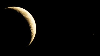 Moon and Saturn (with rings) close conjunction | by Tej Dyal