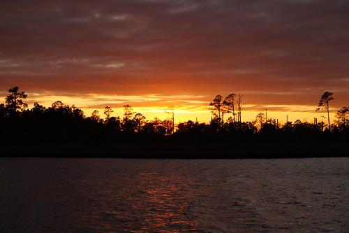 sunset spectacularsunsetsandsunrises cloudsstormssunsetssunrises northcarolina northwestcreek fairfieldharbour sony sonyphotographing sonya58 cloudscape