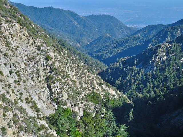 Eaton Canyon (HDR)