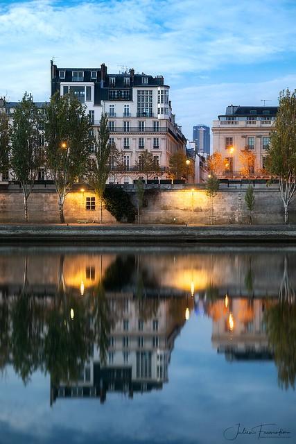 Quai Voltaire & Tour Montparnasse, Paris