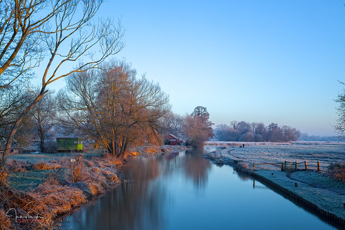 blue boats cottage frost leebigstopper lock papercourt reflections river sky trees water wey dog lady gate shed cold ice