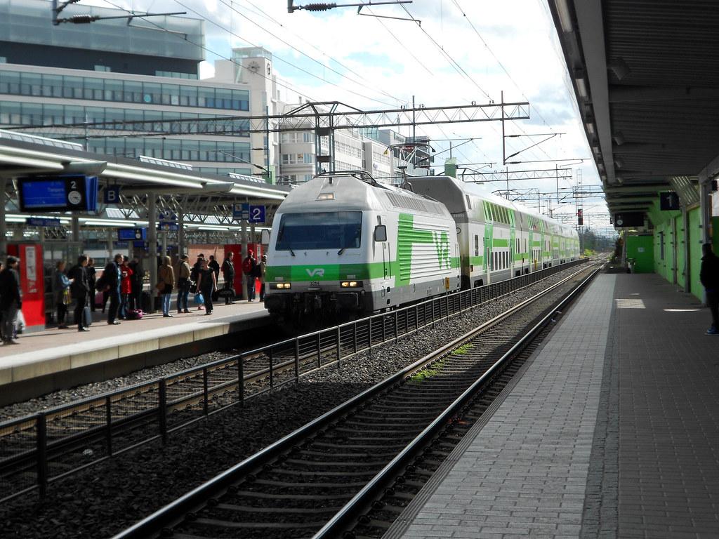 Финляндия. Станция Тиккурила. Sr2-3214