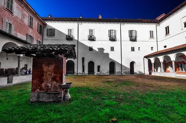 Morimondo Abbey - The cloister