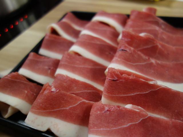 肉盤我點了櫻桃鴨@板橋大魔大滿足鍋物