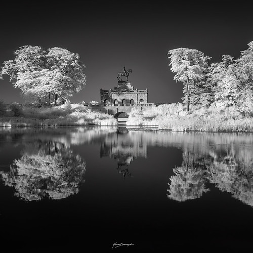 spasojevic monoart nenografiacom lincolnpark sonyalpha blackandwhite white windycity infraredlight 830nm reflection nenadspasojevicart bw lincolnparkzoo black shadow thehorsman sony ulyssessgrantmonument landmark nenad city general a7r ir tones monument chi infrared architecture fineart shades light monochrome chicago illinois il usa