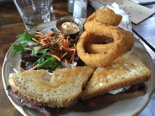 Beef sandwich and onion rings