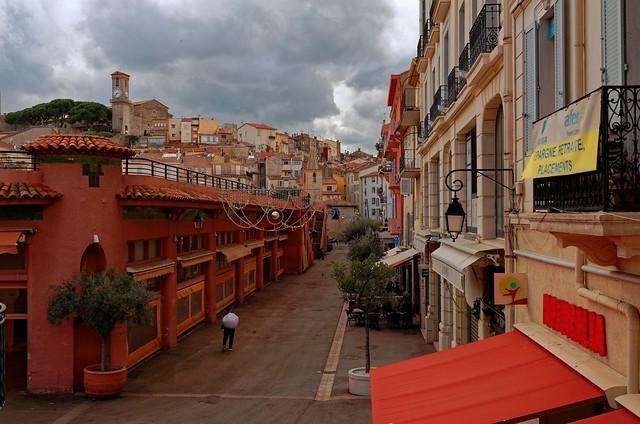 Cannes / Rue du Marché Forville / Notre-Dame de l'Espérance