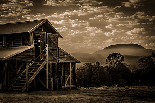 barn clouds farm grass hills landscape mountain mountains nsw newsouthwales sunrise trees