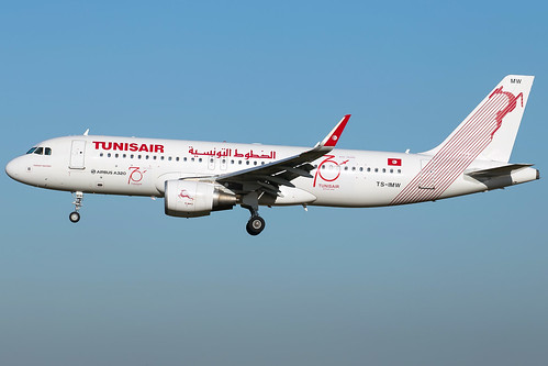 Tunisair A320-214(WL) TS-IMW   by wapo84