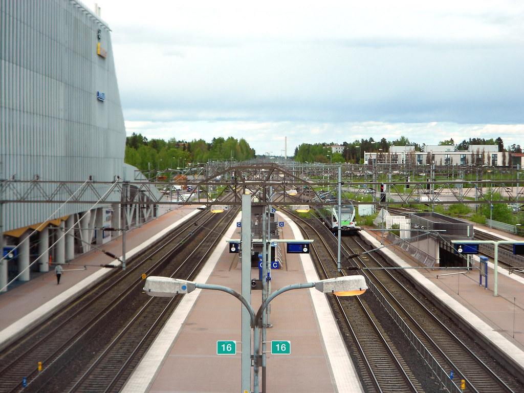 Вантаа. Станция Тиккурила.