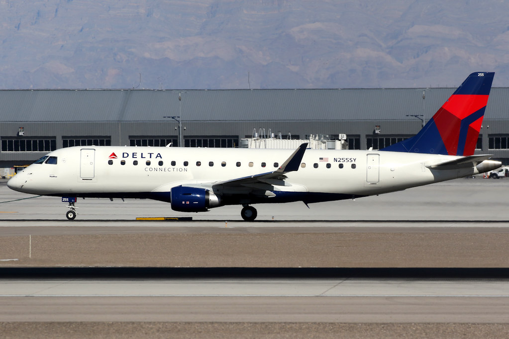 Delta Connection (SkyWest Airlines) | Embraer 175 | N255SY