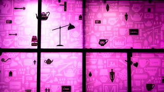 A Welsh Welcome To Shoppers ... In Magenta | by Stuart Herbert