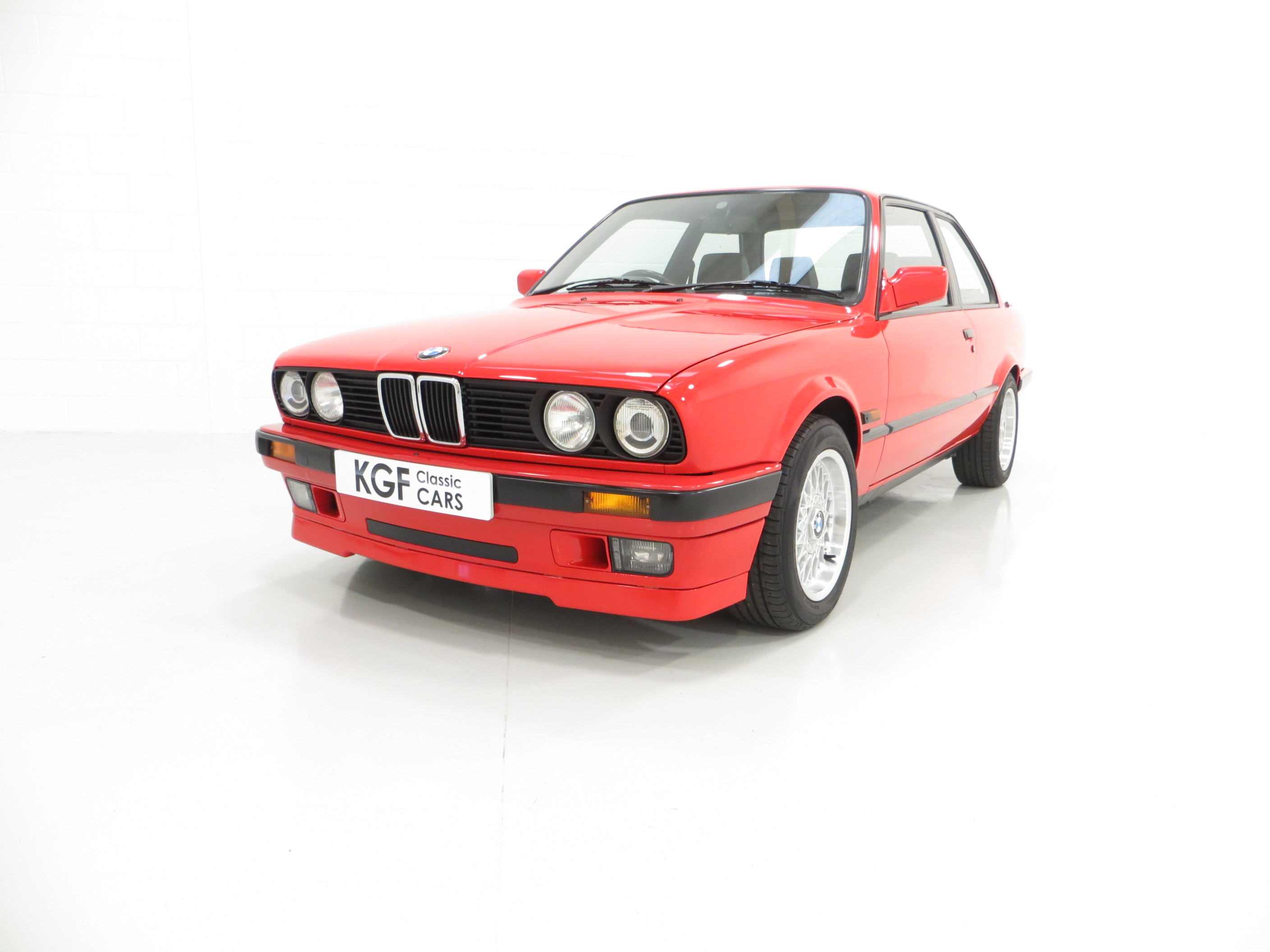 A Collectable And Immaculate Bmw E30 318is Sold Pe1 Retro Rides