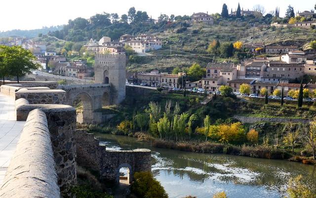 Otras vistas de Toledo 8. Los Cigarrales y el Tajo.