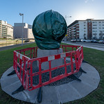 WAITING FOR LUKE KELLY [ MEMORIAL IN DUBLIN DOCKLANDS TO BE UNVEILED WED 30 JAN 2019]-148641
