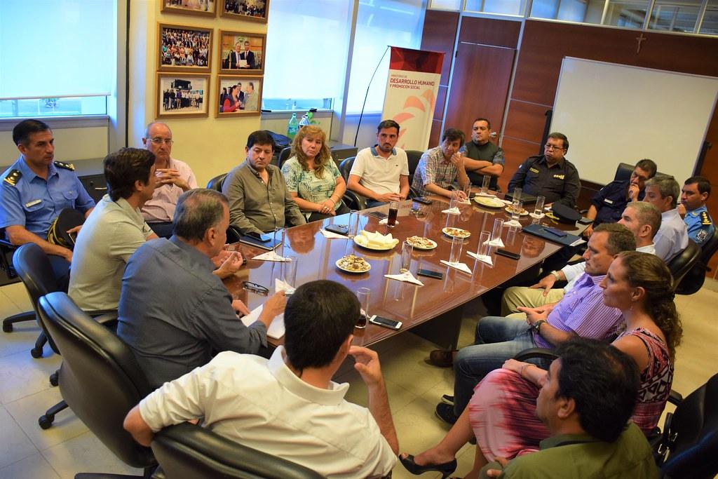 2019-01-07:DESARROLLO HUMANO :  Reunión para asistir a los damnificados por las lluvias