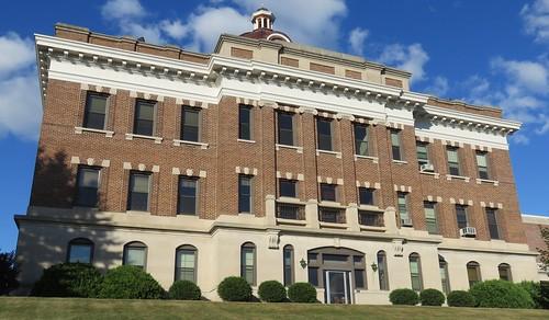 wisconsin wi courthouses countycourthouses usccwitaylor taylorcounty medford northamerica unitedstates us bmehner 1910s 1914