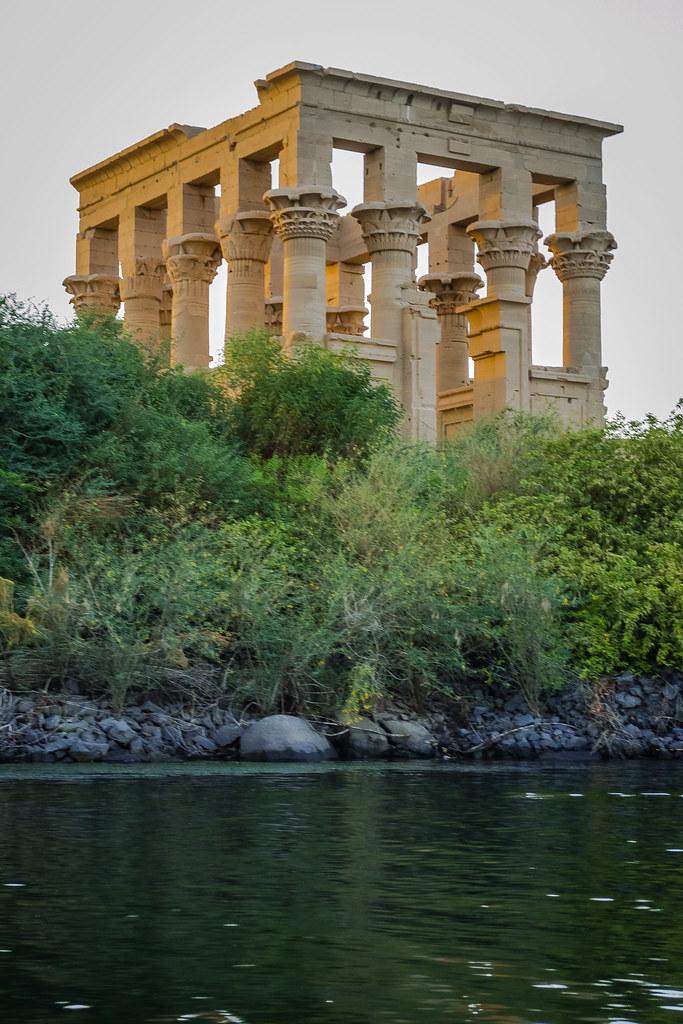 Fantastic piece of history  Египет .  храм богини Исиды