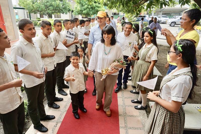 Entrega de obras de ampliación y mejoramiento de la infraestructura educativa en los colegios José María Córdoba y Mercedes Abrego, en Montería 26 de Noviembre de 2018