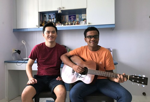 Adult guitar lessons Singapore Rama
