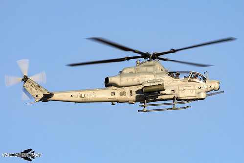 AH-1Z 166761 MV-43 VMX-1 Yuma WTI 1-18 | by Ivan Voukadinov