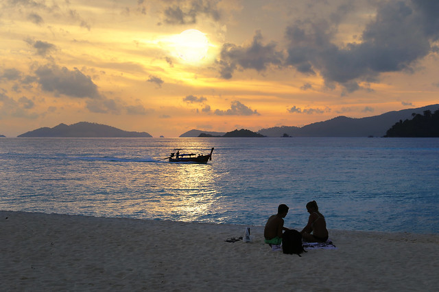 Taking your loved one to a romantic picnic on Koh Lipe