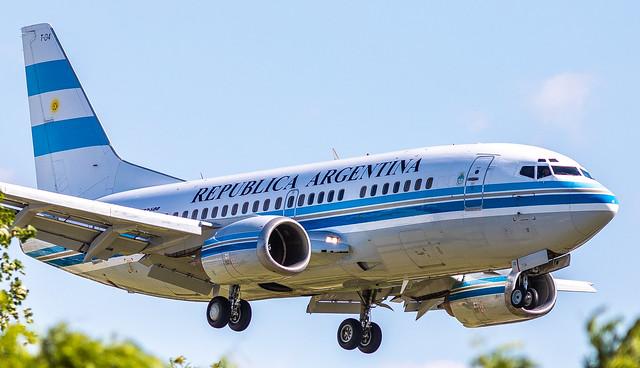 AEB/SABE: RepublicaArgentina Boeing B737-5H6 - T-04