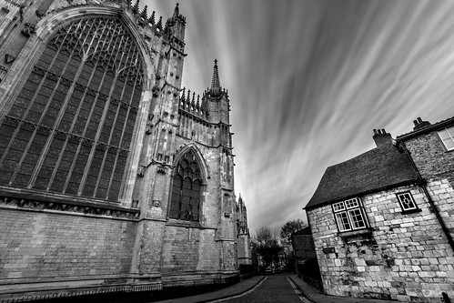 englishgothic minster yorkminster architecture buildings cathedral church gothic holy medieval sacral sacred york northyorkshire unitedkingdom longexposure lowangleofview canoneos40d england
