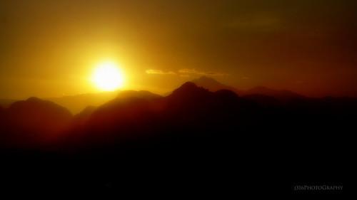 perak ipoh sunrise sun shades bright mountains banjarantitiwangsa limestone j316 a77 sony eventsportraiture freelance allenwarrengmailcom