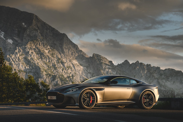 Comprar Aston Martin Dbs Superleggera