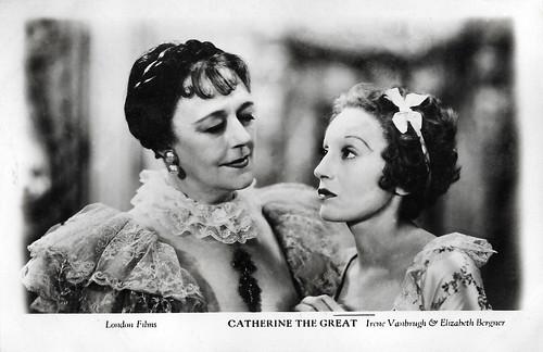 Irene Vanbrugh and Elisabeth Bergner in Catherine the Great (1934)
