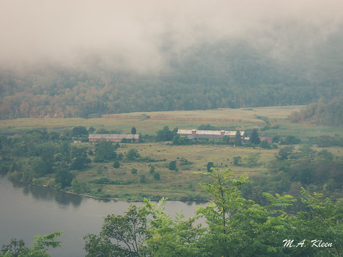 Hudson River Valley in Summer I