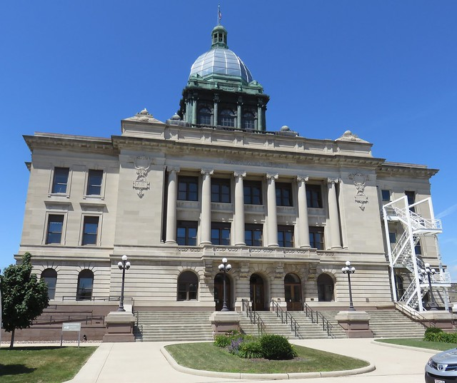 Manitowoc County Courthouse (Manitowoc, Wisconsin)