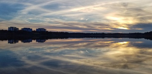 thanksgiving reflections lakecrabtree northcarolina metlife