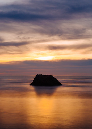 longexposure cannonbeach oregon oregoncoast pacificnorthwest sunset ocean pacificocean pnw rock beach sky colorful smooth canoneos5dmarkiii canonef2470mmf28lusm bwnd1000x johnwestrock